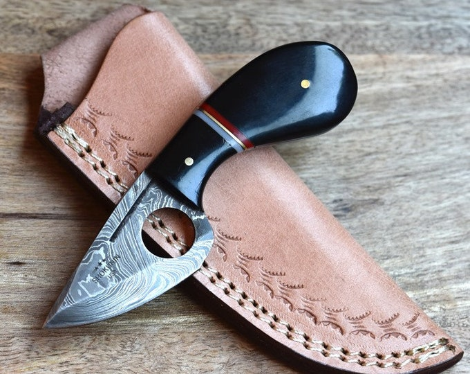Hand forged damascus steel hunting knife tactical camping utility knife