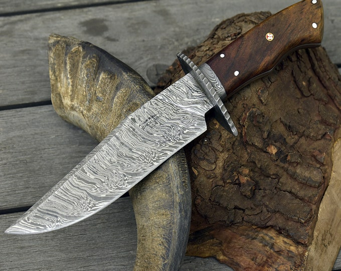 "DAMASCUS HUNTING KNIFE, Custom Damascus Classic Bowie knife, 12.0"", Hand forged, Damascus steel knife, Damascus Guard, Walnut wood handle"