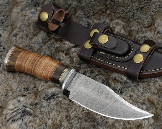 "DAMASCUS HUNTING KNIFE, Custom Damascus knife, 10"" ,Hand forged, Damascus steel knife, Damascus Guard, Rose wood & Leather Handle"