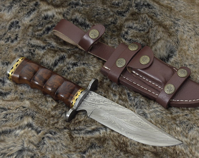 "DAMASCUS HUNTING KNIFE, Custom Damascus knife, 11"" ,Hand forged, Damascus steel knife, Damascus Guard, Rose wood Handle"