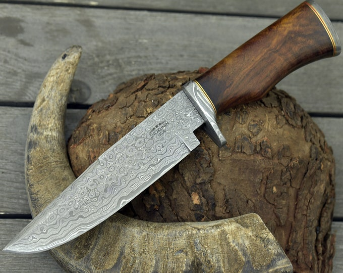 "DAMASCUS HUNTING KNIFE, Custom Damascus Bowie knife, 12.0"", Hand forged, Damascus steel knife, Damascus Guard, Walnut wood handle"