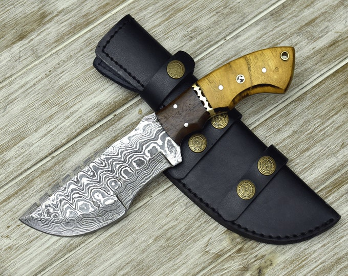 "Custom, 10"",  DAMASCUS KNIFE, tracker knife, Damascus steel knife, hunting, exotic Yellow Heart & Walnut wood handle, leather sheath"