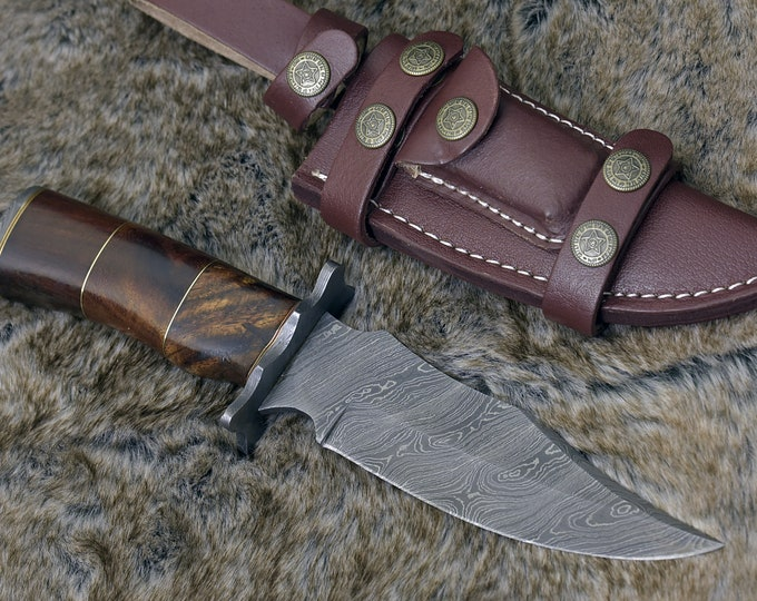 """DAMASCUS HUNTING KNIFE, Custom 10.0"""" ,Hand forged, Damascus Bowie knife, Damascus Guard, Exotic Bolivian Rose wood handle"""