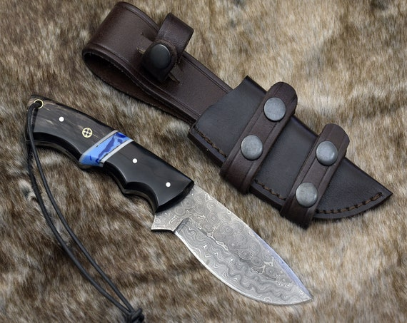 """DAMASCUS HUNTING KNIFE, Custom Damascus knife, 9.0"""" ,Hand forged, Damascus steel Drop Point Hunting knife, Faux Turquoise & Horn Handle"""
