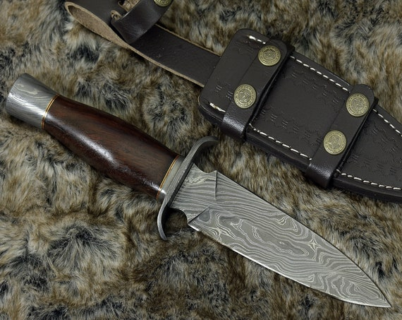 "DAMASCUS HUNTING KNIFE, Custom Damascus knife, 11.0"" ,Hand forged dagger, Damascus steel double edged blade & Guard, Walnut wood handle"