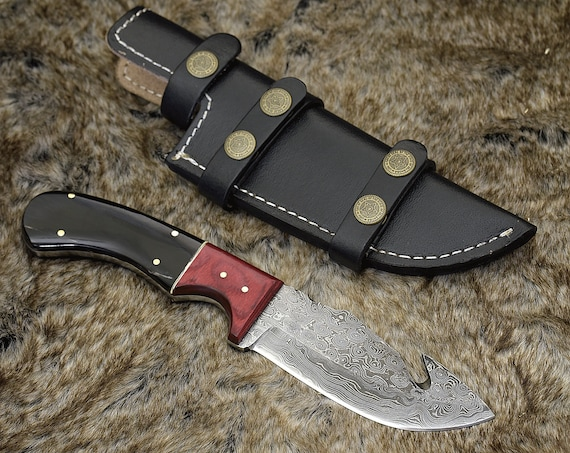 "DAMASCUS HUNTING KNIFE, Custom Gut hook Knife, 10.0"" ,Hand forged, Damascus steel skinning knife, Exotic Bull Horn & Wood Composite Handle"