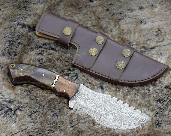 "DAMASCUS HUNTING KNIFE, 10.5"", Custom Tracker Knife, Damascus steel knife, Exotic Ram Horn & Walnut wood handle, leather sheath"