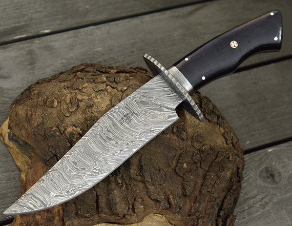 """DAMASCUS HUNTING KNIFE, Custom Damascus Classic Bowie knife, 12.0"""", Hand forged, Damascus steel knife, Damascus Guard"""