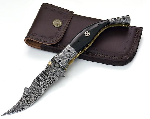 "POCKET KNIFE, 9.5"", custom, folding knife, Damascus folding knife, Damascus pocket knife, folding pocket knife, Buffalo horn scales"
