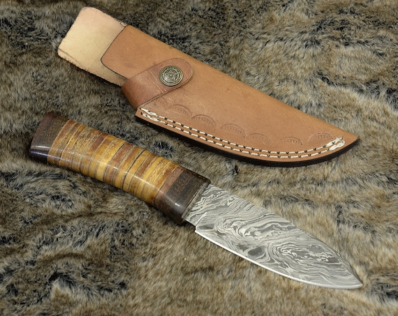 "Custom, 10"", Camping knife, Damascus knife, Drop point, hunting knife w/ Leather Handle, beautiful twist Damascus"