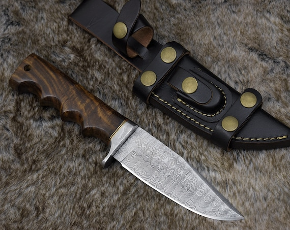 """DAMASCUS BOWIE KNIFE, Custom 10.5"""" , Hand forged, Damascus steel knife, Damascus Guard, Exotic Bolivian Rose Wood handle, personalized"""