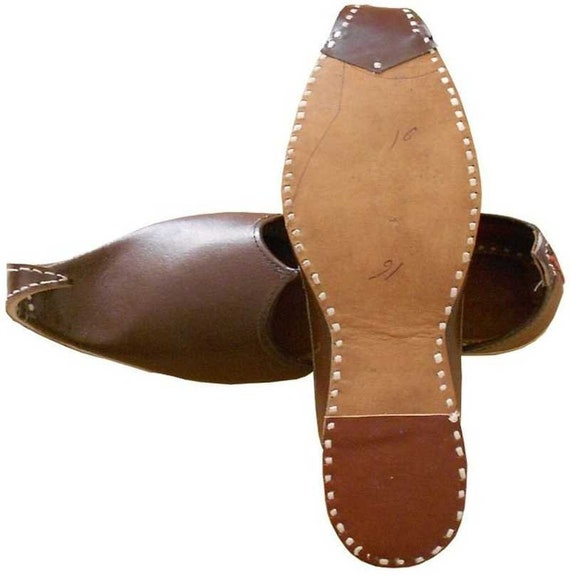 Traditional Indian Khussa Shoes,Leather  Mojari Punjabi Khussa Mojari Dark Brown Mojari Indian Men/'s Mojari