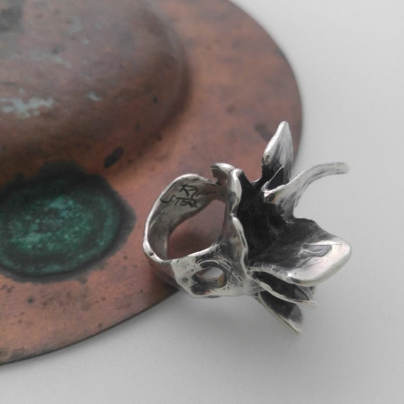 tribalgallery Artisan modernist oxidized sterling silver statement brutalist flower ring with a red acrylic bead on top US size 10 Sale
