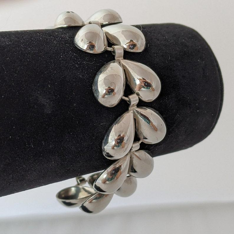 CORO SILVER Tone TEARDROP Link Bracelet Vintage Signed 1950s 7.5
