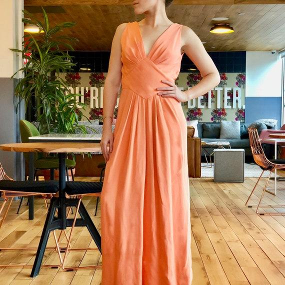 Vintage 1970s Estevez Sleeveless Peach V-Neck Gown