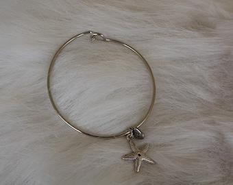 Simple Starfish Bangle