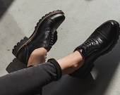 1980s Clothing, Fashion | 80s Style Clothes Black leather handmade women oxfords brogue shoes $119.20 AT vintagedancer.com