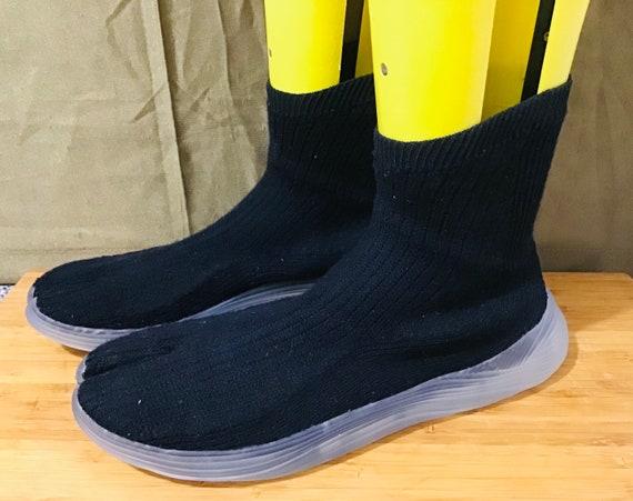 Vegan Silk Tabi Black Split Toe Ilysm Sneakers US6