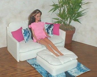 Barbie Doll Furniture WHITE LOVESEAT / OTTOMAN Set W/ Hot Pink And Tie Dye  Pillows And Rug 1:6th Scale Bratz Monster High Blythe
