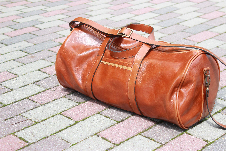 a5b42798d76 Leather Crossbody Gym Bag | The Shred Centre