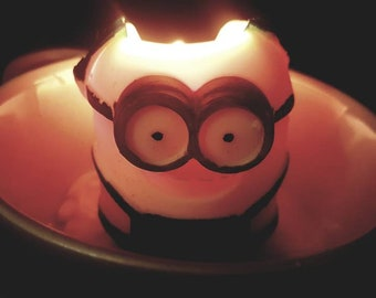 Minion/ Despicable me candle