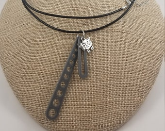 3D Printed Needle and Stitch Gauge Necklace