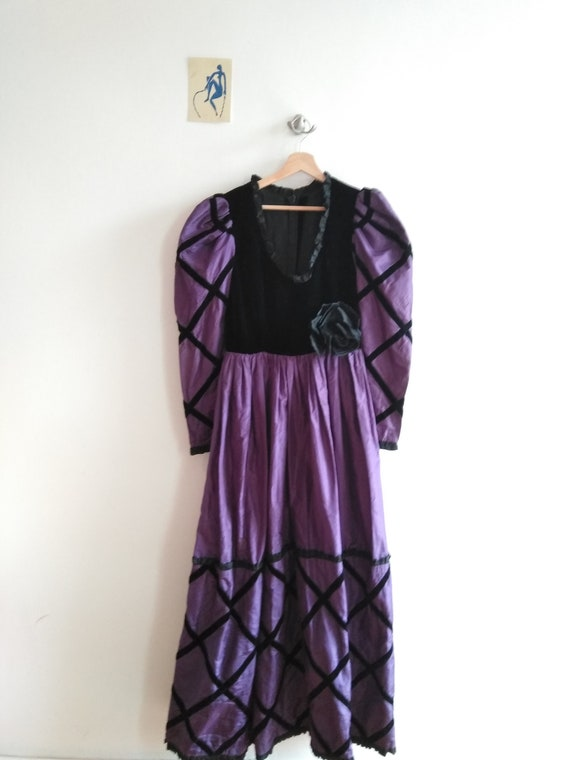 60s Givenchy Haute Couture Numbered Gown. Purple … - image 6