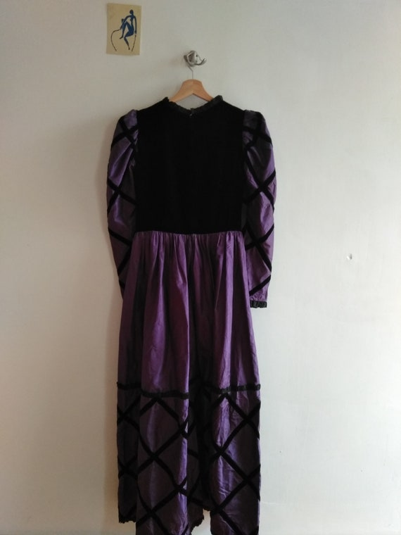 60s Givenchy Haute Couture Numbered Gown. Purple … - image 8