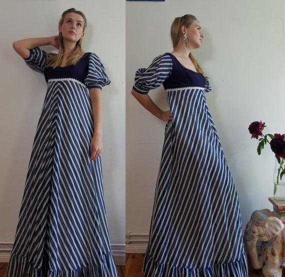 70s John Charles Maxi Dress. Small / Medium. Regen