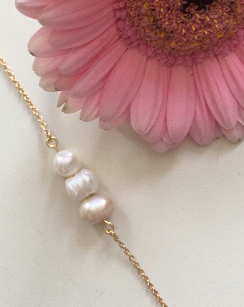 chic gift lightweight thin bracelet Gold Filled quality gold bracelet and natural pearls