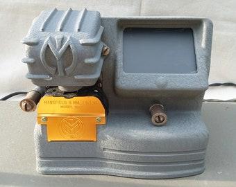 Vintage MANSFIELD 8 mm model 950 Portable Film Viewer Rewinder Film Editing Editor Home Movie Reel to Reel