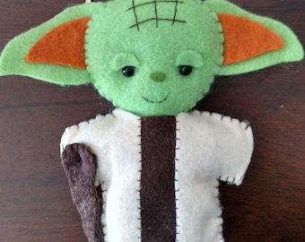 Yoda cute felt keychain