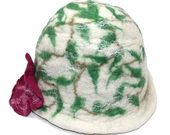 3017002544b14 Women's Wool Hat Handmade Organic One Size Fits All - süße füße Green Leaves