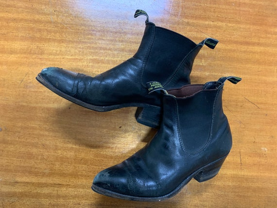 R.M Williams Adelaide cuban heeled boots