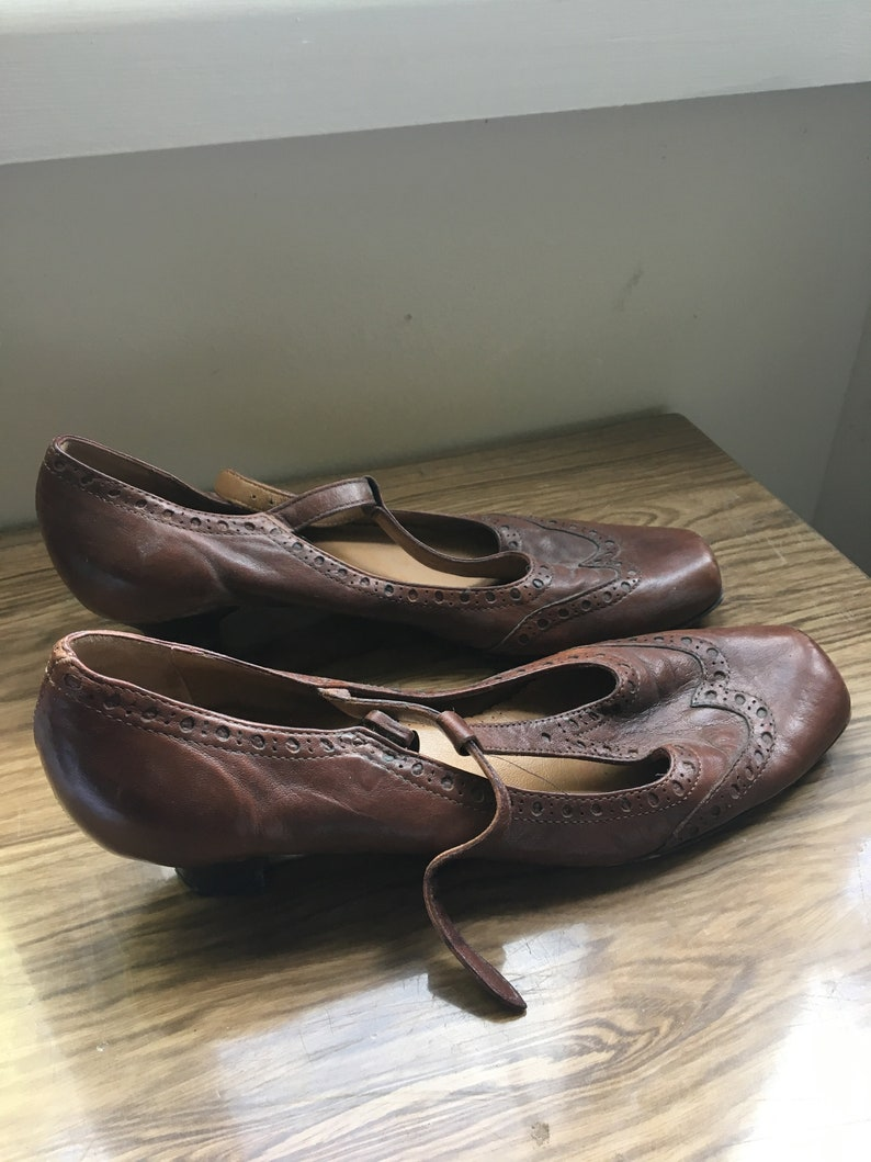 1980/'s does 1940/'s mary Janes