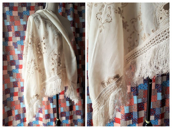 Vintage 1970s Embroidered Shawl With Fringe