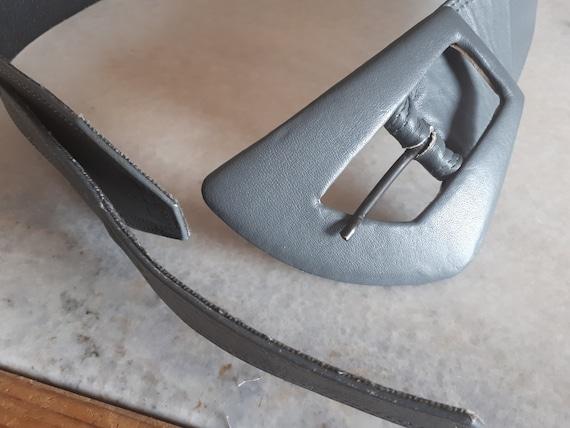 Vintage 1980s Carol Van Wyck Wide Grey Leather Be… - image 4