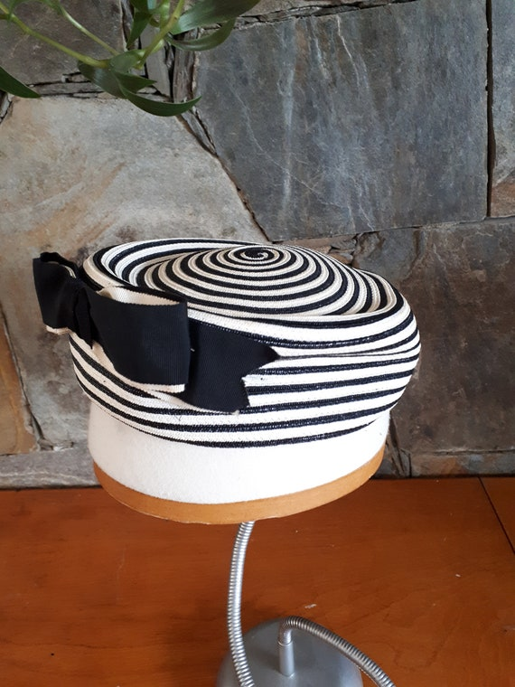Vintage 1960s Eatons Striped Pillbox Hat With Bow