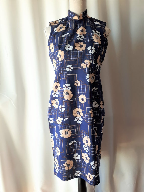 Vintage 1970s Cheongsam Polyester Dress Size Small - image 3