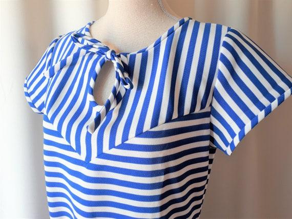 Vintage 1970s Striped Keyhole Dress Size Medium