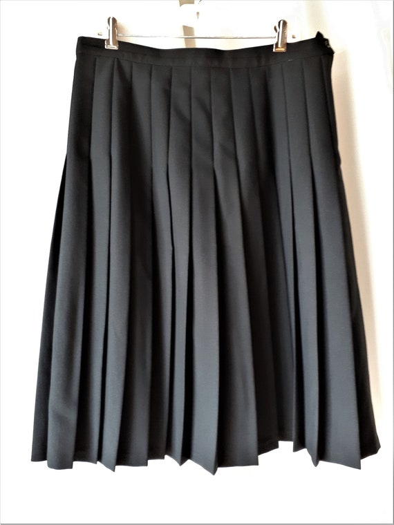 Vintage 1980s D'Allaird's Pleated Skirt Size 16