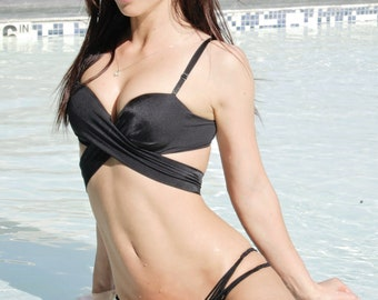 Vitamin-A vintage strapless black bikini top, costume made with straps for a photoshoot.