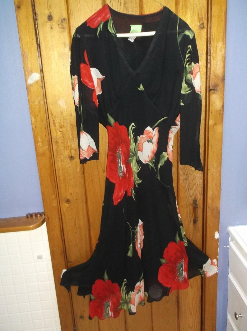 Citrine lined floral asymmetrical V neck dress Open bell sleeves M