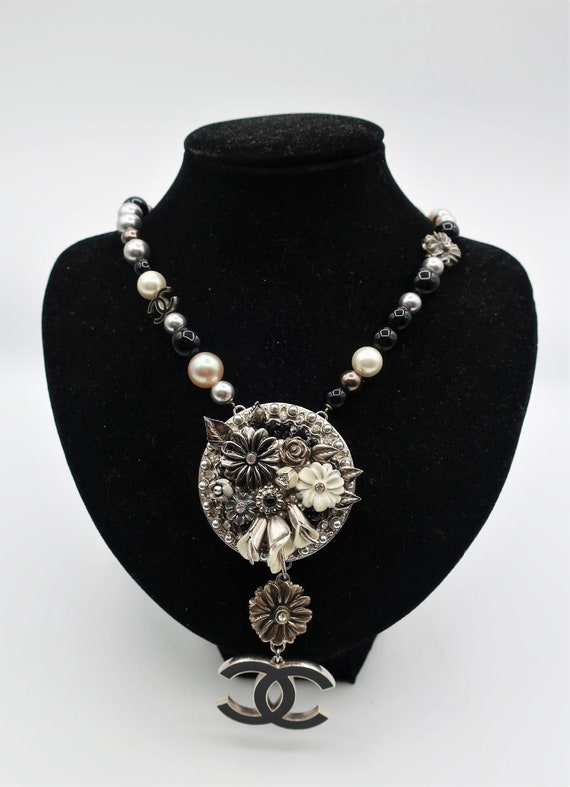 Chanel Necklace - image 2