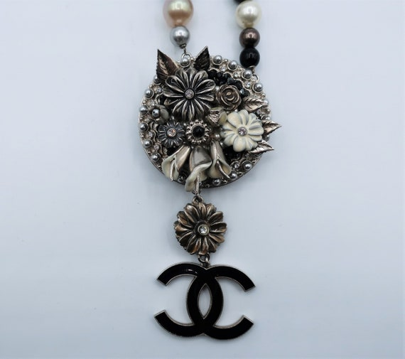 Chanel Necklace - image 3