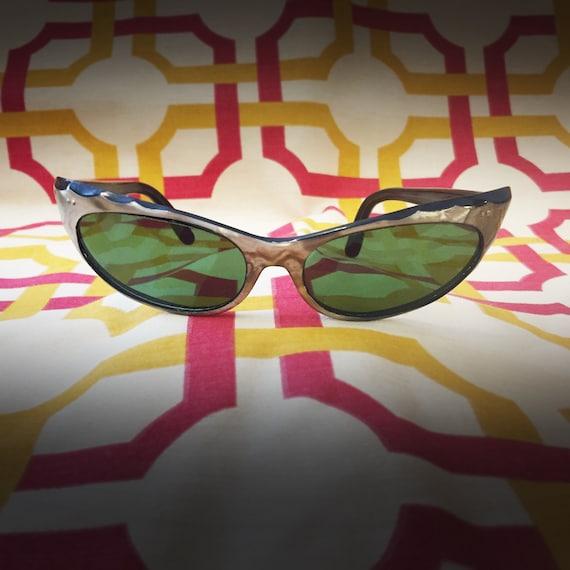 Rare Vintage 1950's Sunglasses - image 2