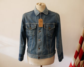 7d38cadf98 Vintage 1970s Levis Big E Denim Trucker Jacket
