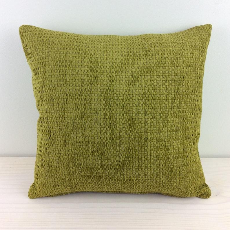 Luxe  Green Tea \u2013 16\u201dx16\u201d Arc Com Fabric Decorative Throw Pillow Cover