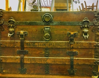 Genial Antique Steamer Trunk