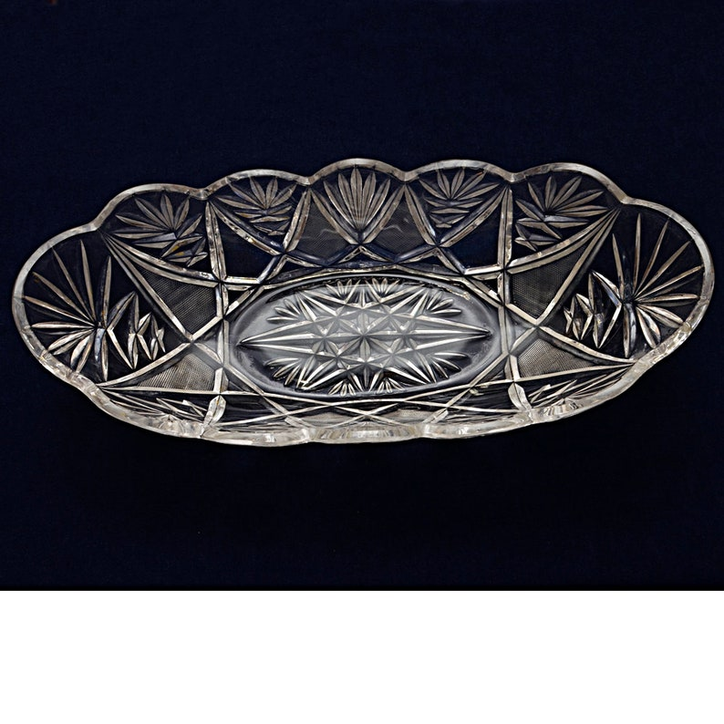 Vintage Collectible 13 with Cut Diamond Patterns Crystal Ice CreamConsole Bowl